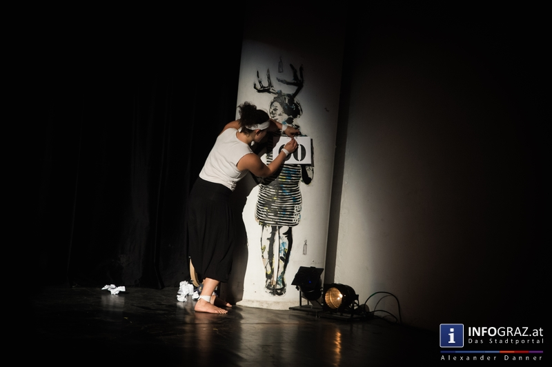 Mad circus project 2014 im Kunst- und Kulturzentrum Papierfabrik am 26.9.2014 - 003
