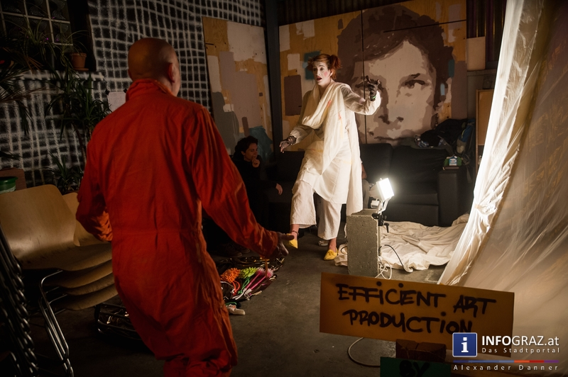 Mad circus project 2014 im Kunst- und Kulturzentrum Papierfabrik am 26.9.2014 - 056
