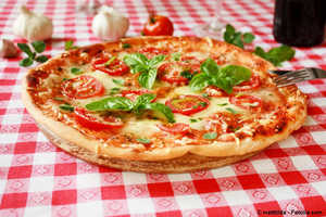Pizza Margherita,lieferservice graz,pizza on tour,rabatt,pizzabrot,pizza express,quattro stagioni,essen bestellen