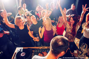 Single party graz heute