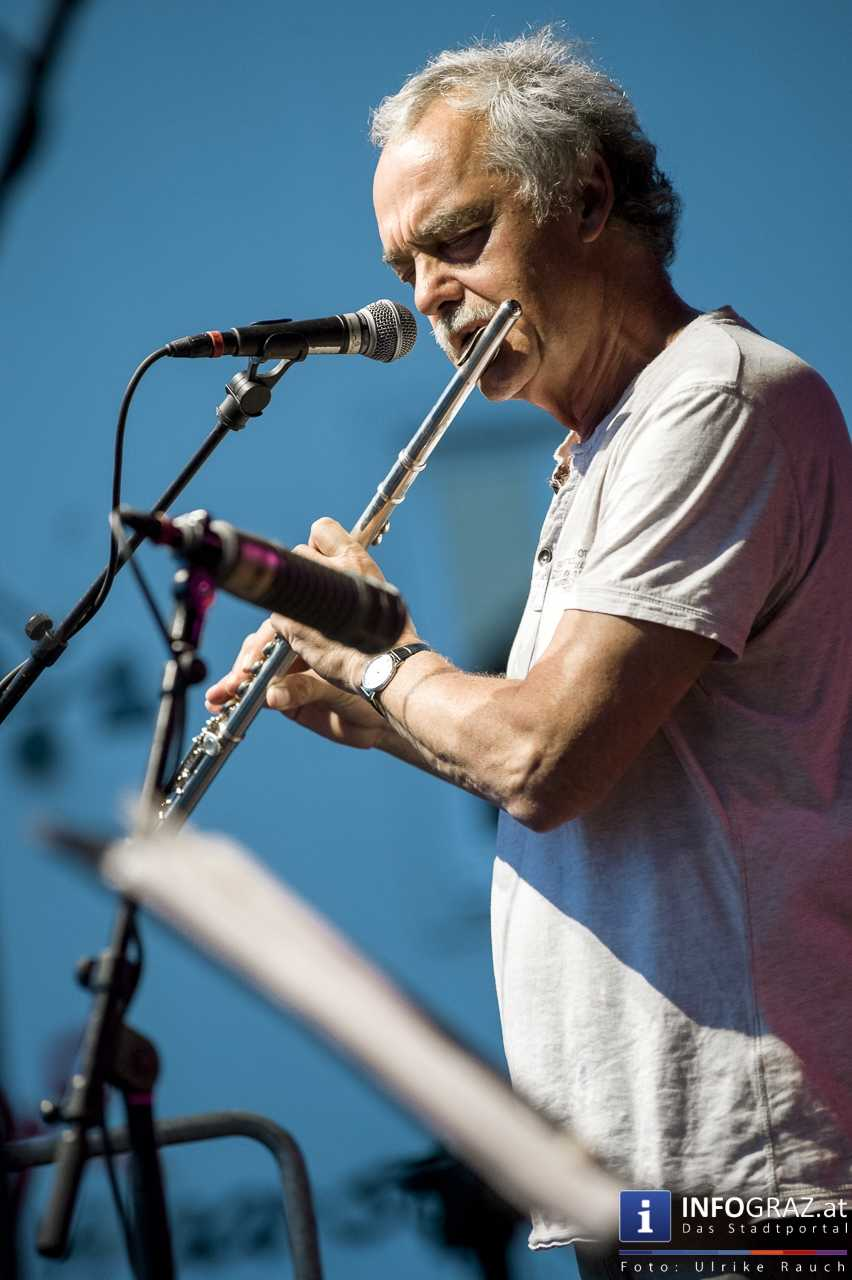 Karlheinz Miklin - 'Jazz via Brazil' am 4. August 2016 am Mariahilferplatz - 015