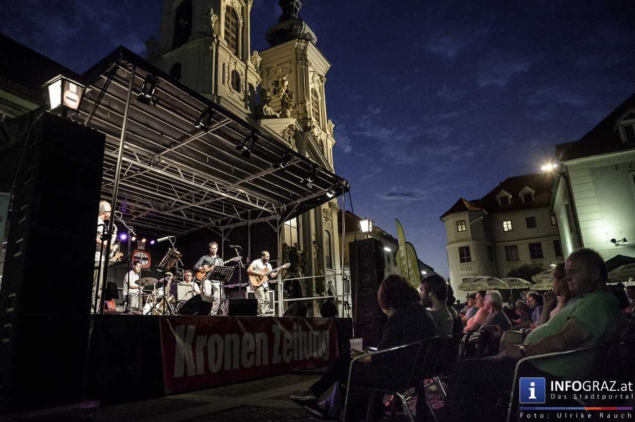 Karlheinz Miklin - 'Jazz via Brazil' am 4. August 2016 am Mariahilferplatz - 037
