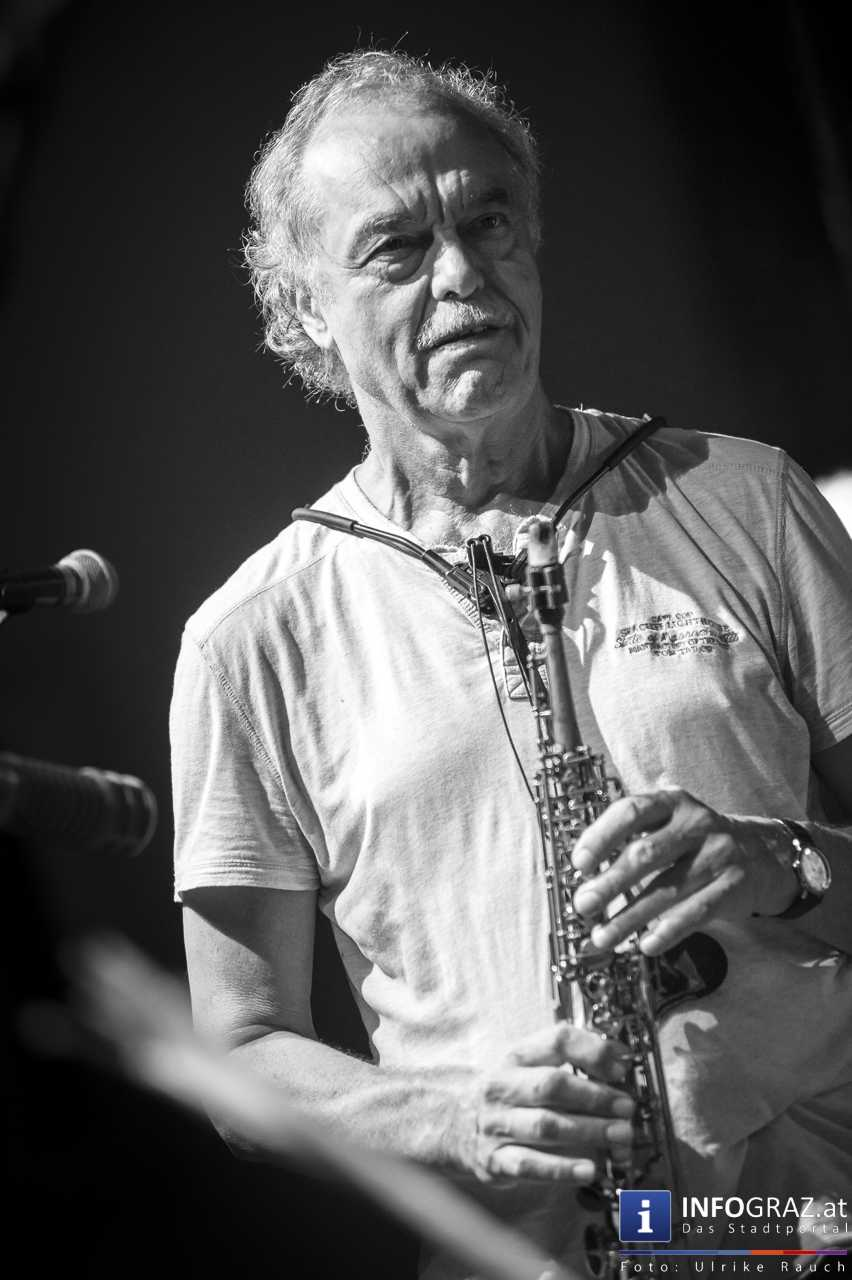 Karlheinz Miklin - 'Jazz via Brazil' am 4. August 2016 am Mariahilferplatz - 046